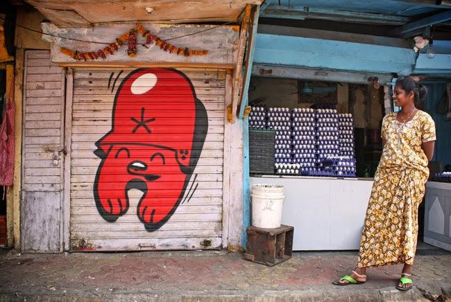 photo Mumbai - Flying forteress